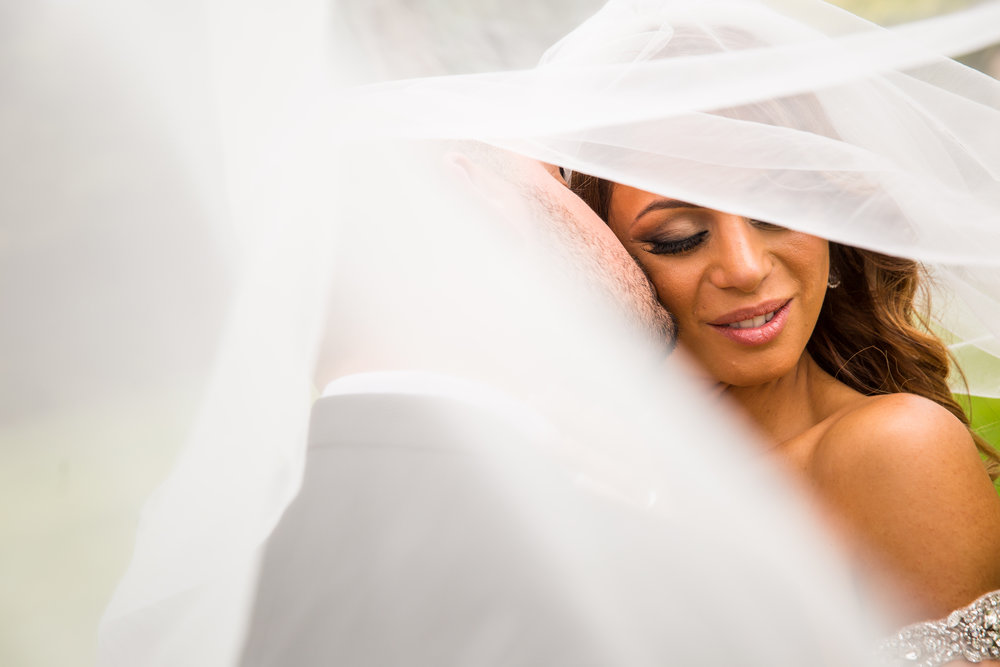 Gorgeous Wedding Veil Photos - A Curzon Hall Wedding - T-One Photography