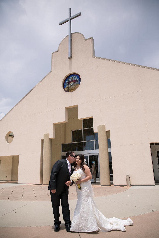 Catholic Church Wedding - A Blue + Gold Rancho El Toro Courtyard Wedding - Oana Foto