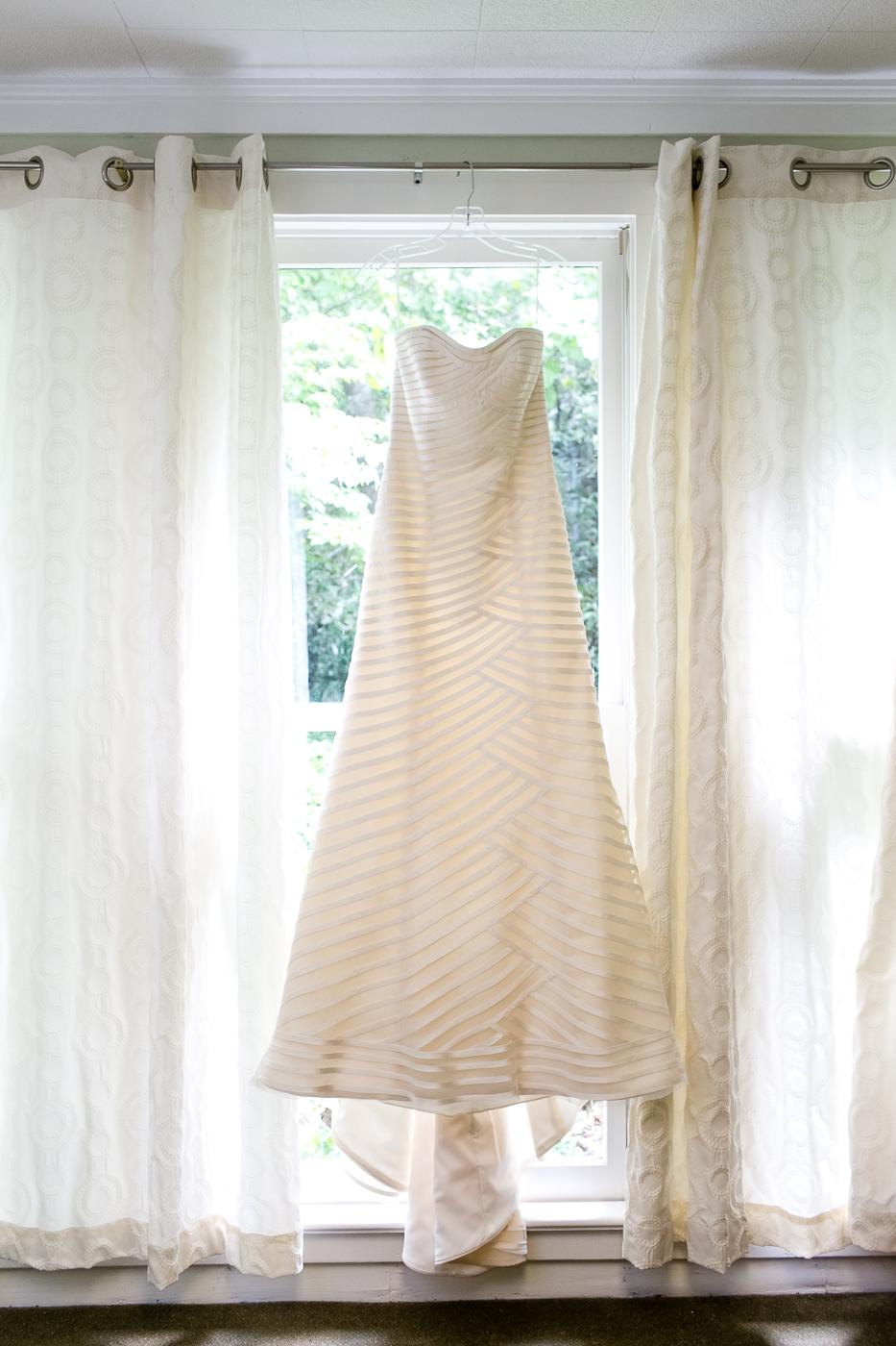 Anne Barge Wedding Gown - Husk's Carriage House Wedding - Cheekwood Botanical Gardens Wedding - Nashville Wedding - Wedding Blog-The Overwhelmed Bride