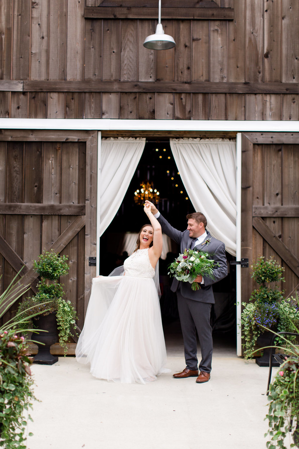 The Barn at Kennedy Farm Wedding - Lizton, Indiana Wedding Venue - Danielle Harris Photography -- Wedding Blog - The Overwhelmed Bride
