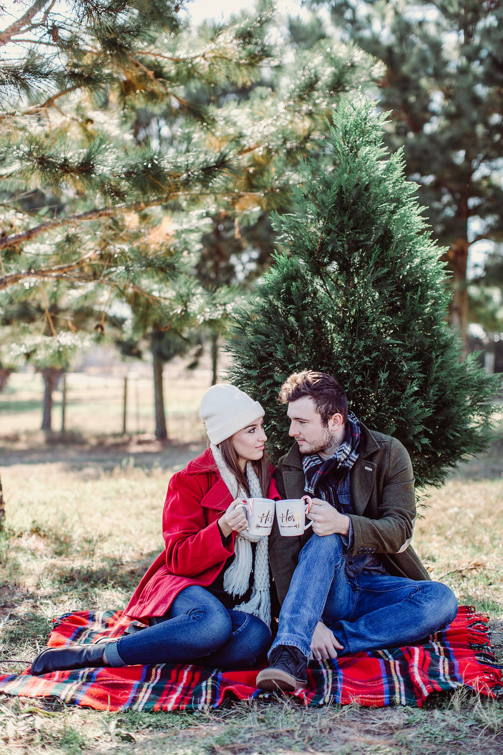 Cozy Winter Engagement Photos - Forever Photography Studio -- Wedding Blog - The Overwhelmed Bride