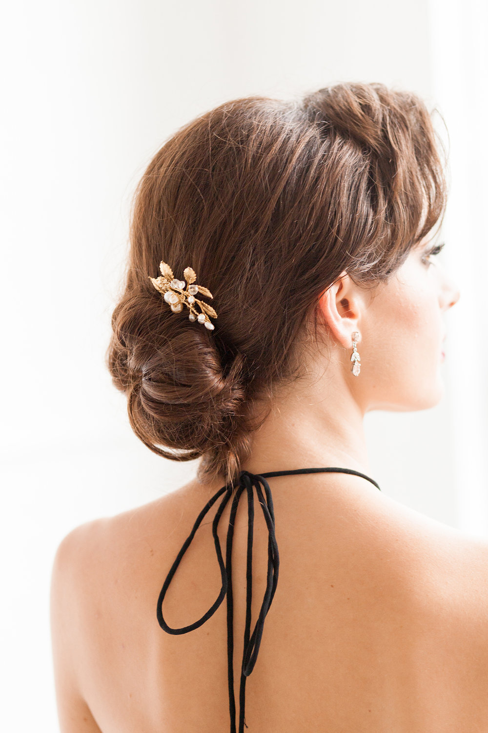 Bridal Hair Accessories - Industrial Warehouse Wedding -- The Overwhelmed Bride - Wedding Blog