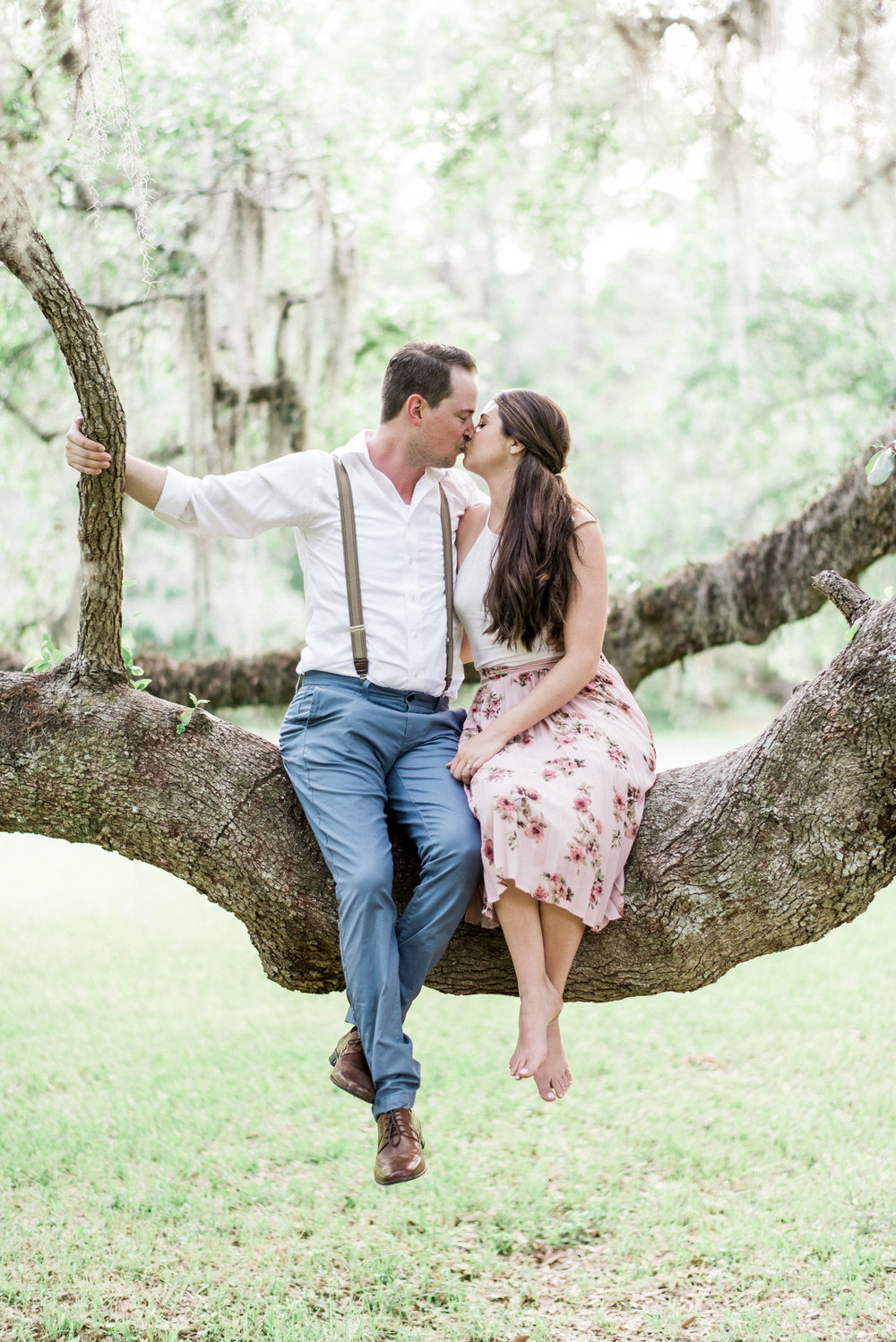 Charleston, South Carolina Wedding Venue - Magnolia Plantation Engagement Photos -- Wedding Blog - The Overwhelmed Bride