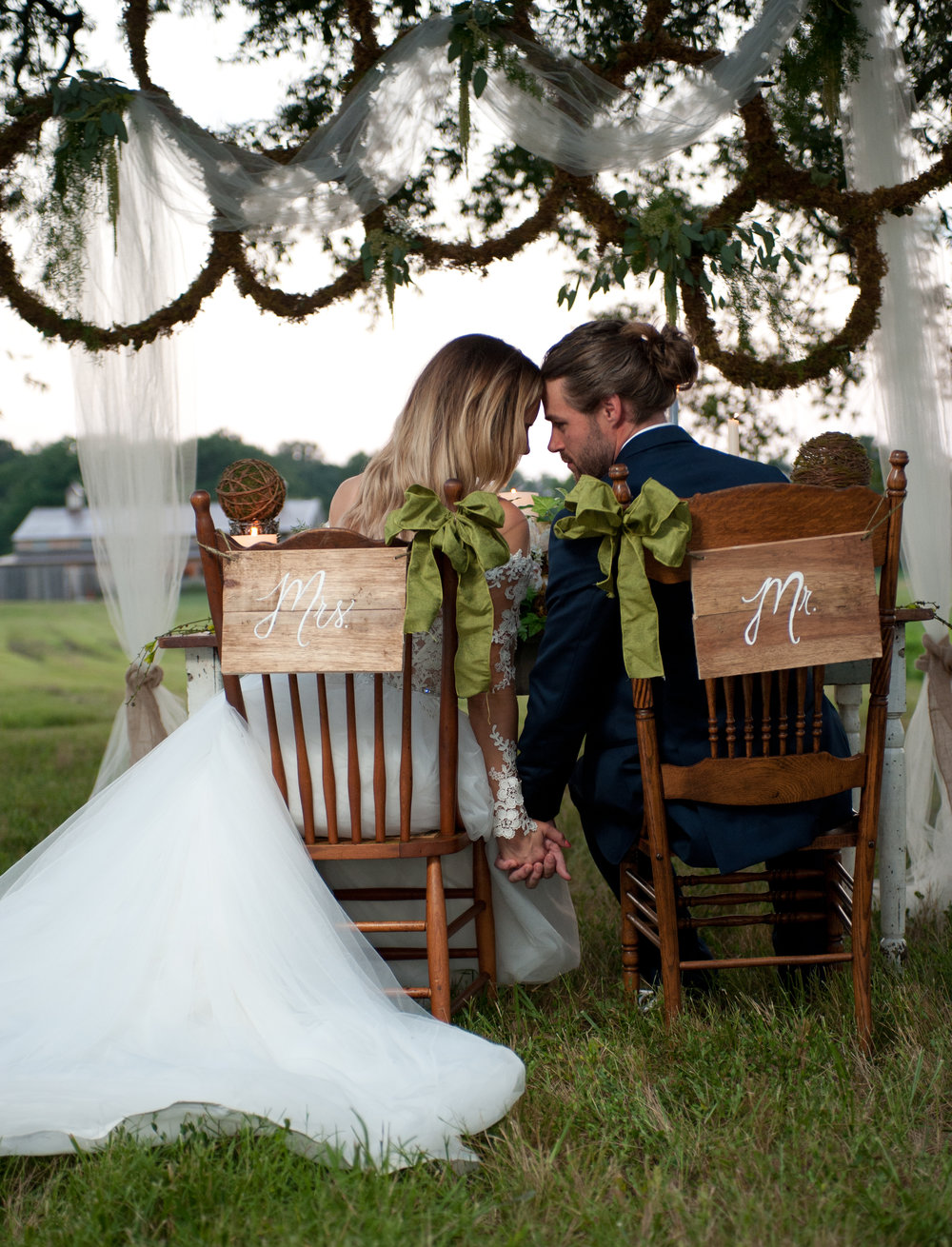 Huntsville, Alabama A Meadowcreek Farms Alabama Wedding -- Gorgeous Fall Wedding - Wedding Blog