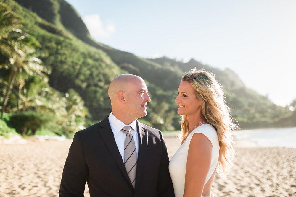 Hawaii Kauai Beach Wedding Photos -- Wedding Blog - The Overwhelmed Bride