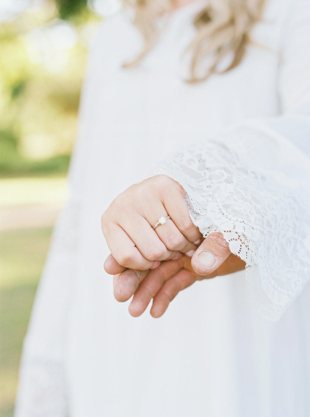 Australia NSW Wedding Photographer -- Park Engagement Photos -- Wedding Blog - The Overwhelmed Bride
