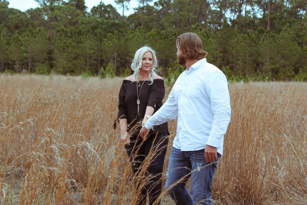 Orlando Open Field Engagement Photos -- Wedding Blog - The Overwhelmed Bride