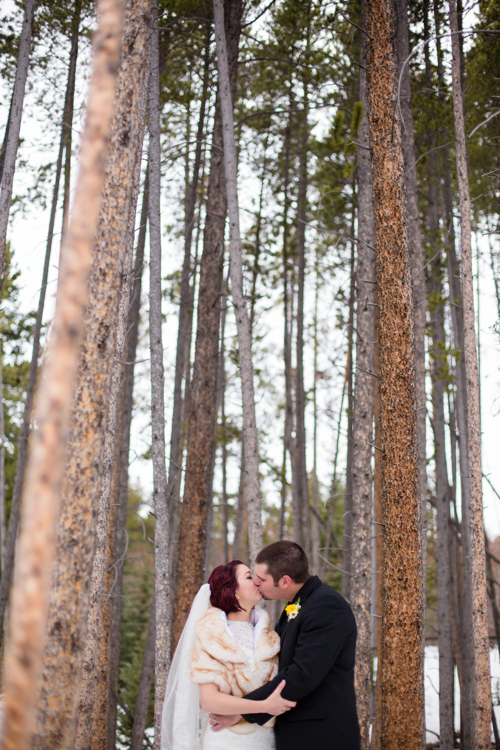 A Sevens Breckenridge Resort Colorado Winter Wedding -- Wedding Blog - The Overwhelmed Bride