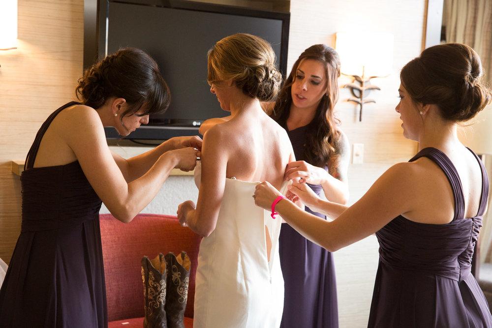 Avon, Colorado Wedding Venue - Westin Riverfront Resort Beaver Creek Wedding -- Wedding Blog - The Overwhelmed Bride