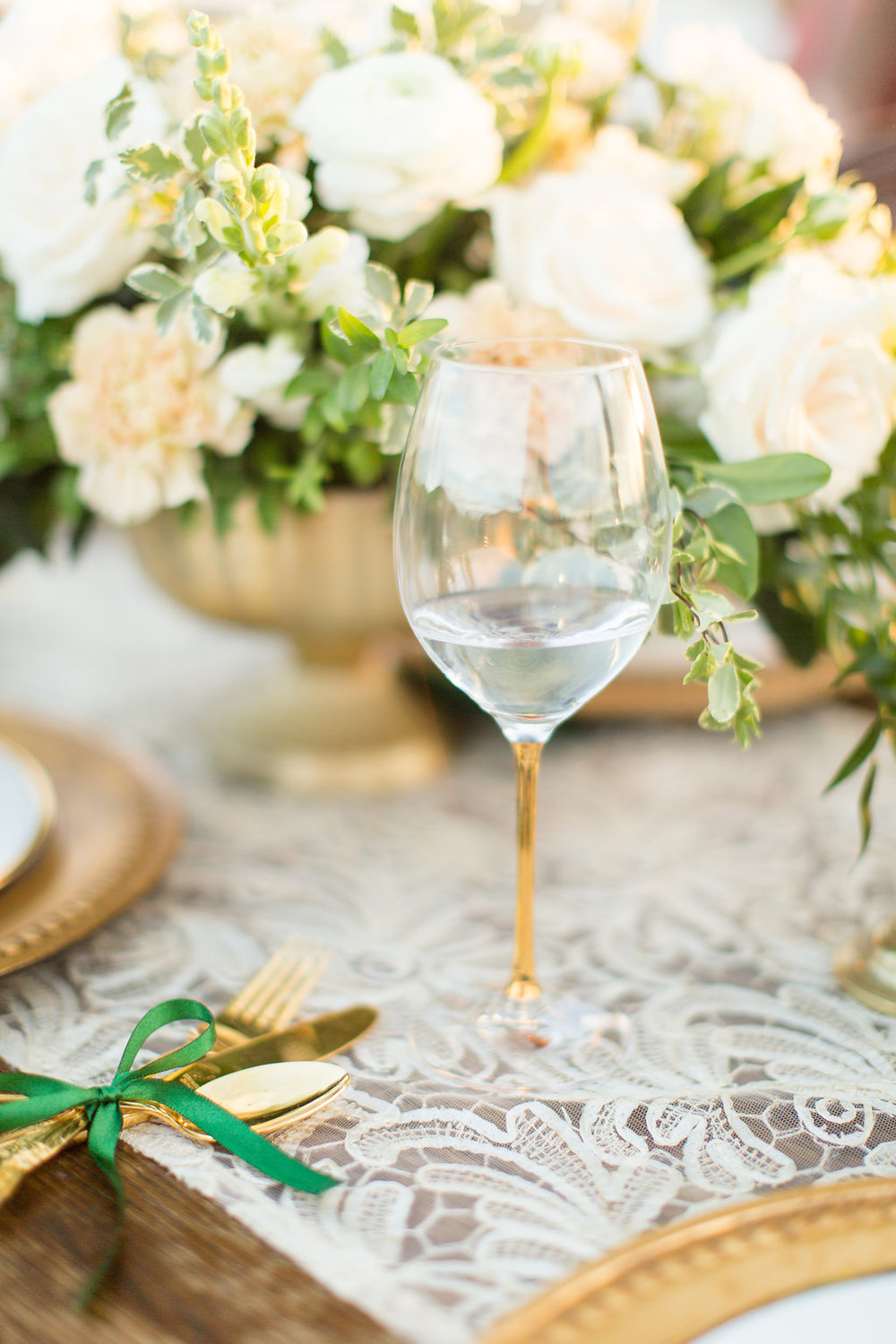 St. Patrick's Day Wedding - Green and Gold Wedding -- Wedding Inspiration - The Overwhelmed Bride