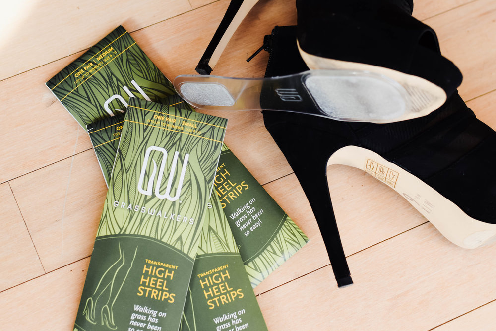 Prevent Heels from getting stuck in the grass - Grasswalkers - The Overwhelmed Bride Wedding Blog