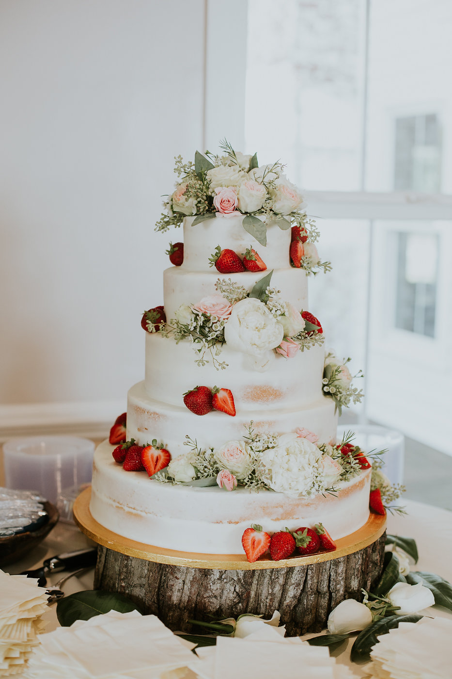 Naked Wedding Cakes - North Carolina Wedding Venue - Triple J Manor House Wedding