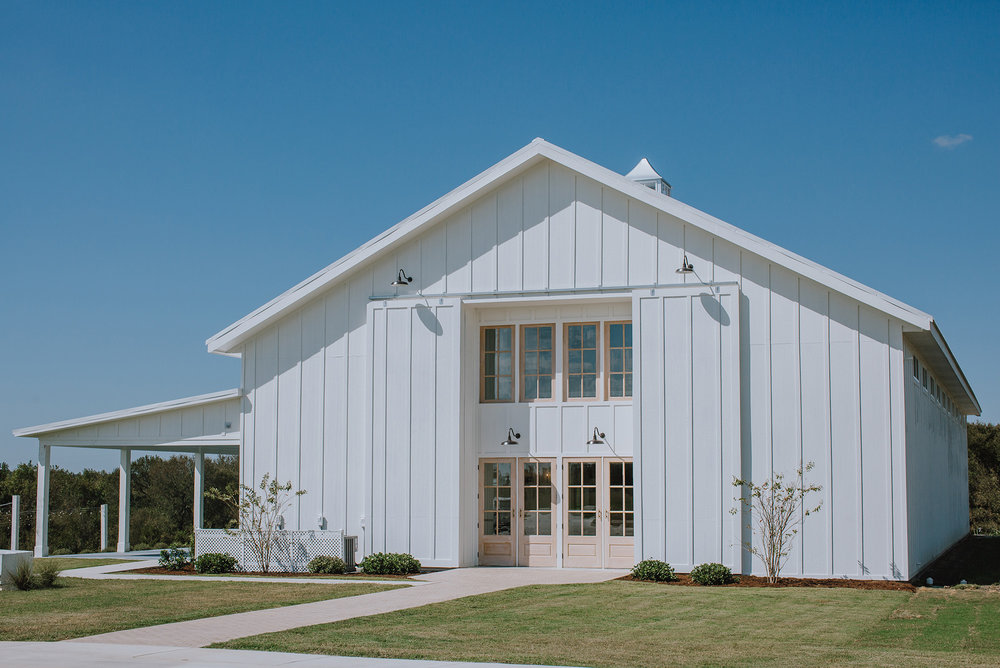 Leonard, Texas Wedding Venue - The Grand Ivory Wedding