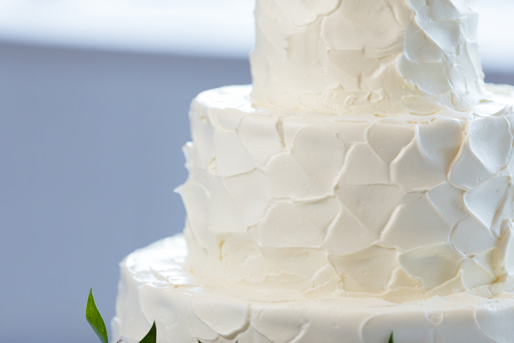 All White Wedding Cake - Pittsburgh Wedding Venue - Duquesne University Wedding