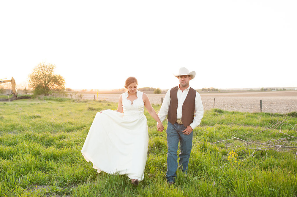 Gorgeous Farm Wedding Photos - Farm Wedding Decor - Iowa Farm Wedding - Private Estate Weddings