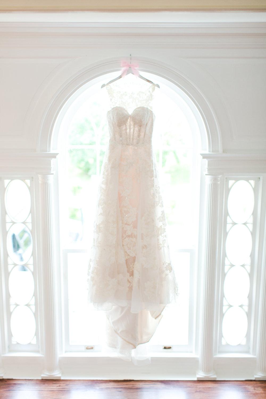 Lace Wedding Dress - West Virginia Wedding Photographer - Wedding Venue