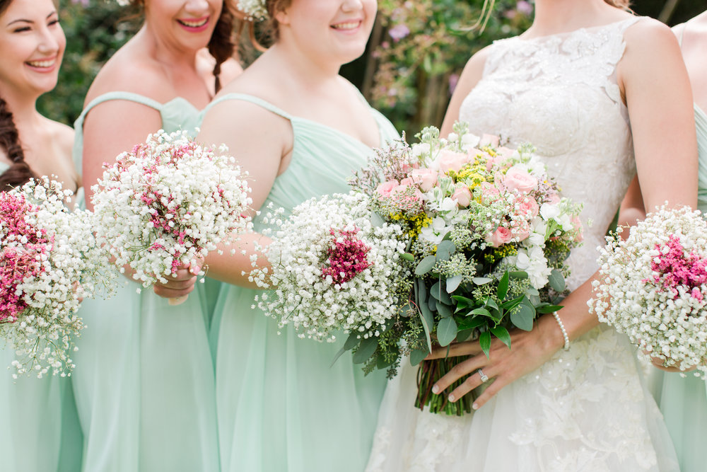 Baby's Breath Wedding Bouquets - West Virginia Wedding Photographer - Wedding Venue