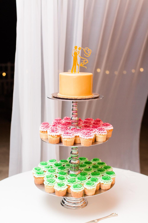 Gold Wedding Cakes - West Virginia Wedding Photographer - Wedding Venue