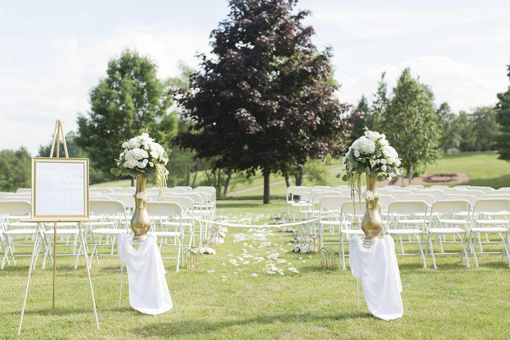 Sheboygan Town & Country Golf Club Wedding - Wisconsin Wedding