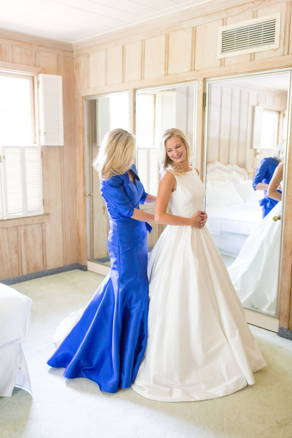 Gorgeous Simple Wedding Dresses - Musgrove Plantation Georgia Wedding Venue