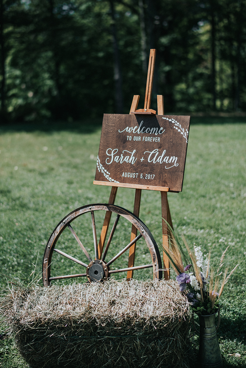 Rustic Wedding Decor - Meadow Ridge Farm Ohio Wedding
