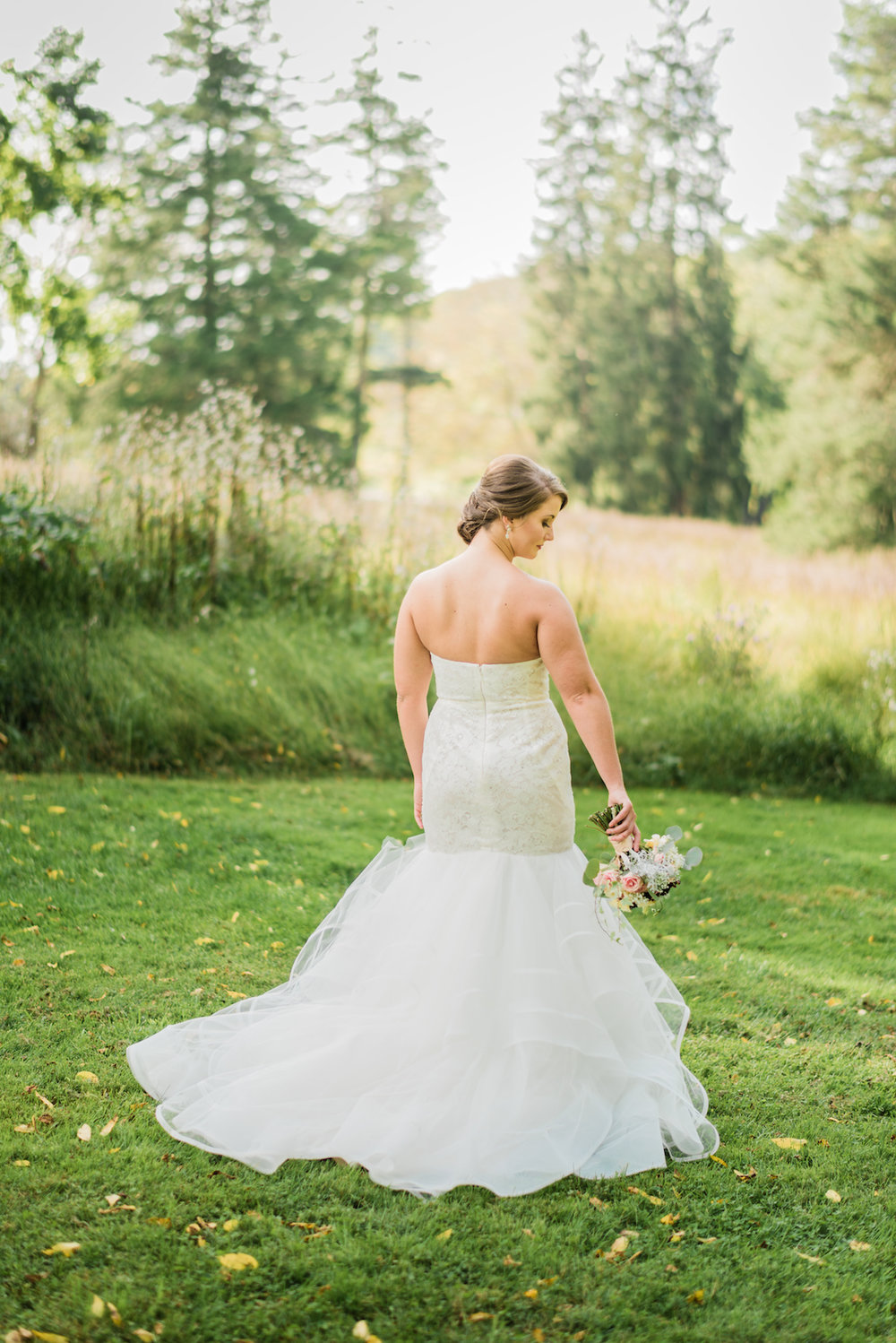 Gorgeous Mermaid Wedding Dress - A Philander Chase Knox Estate Pennsylvania Wedding