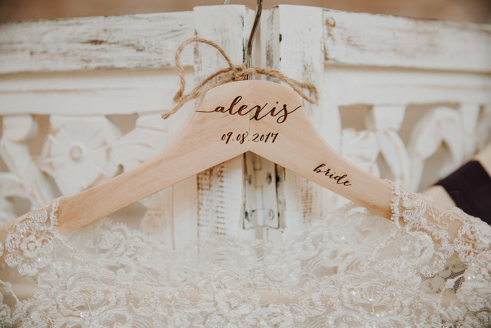 Athens, Tennesee Barn Wedding -- The Overwhelmed Bride Wedding Blog