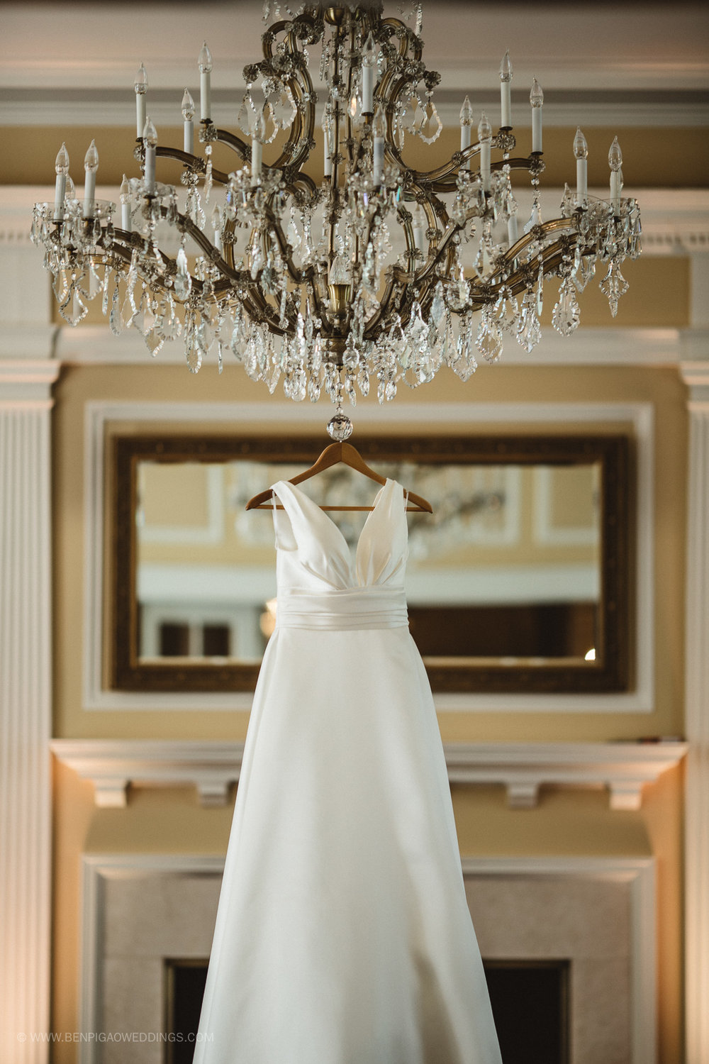 Simple Classic Wedding Dress - Portland, Oregon Waverley Country Club Wedding