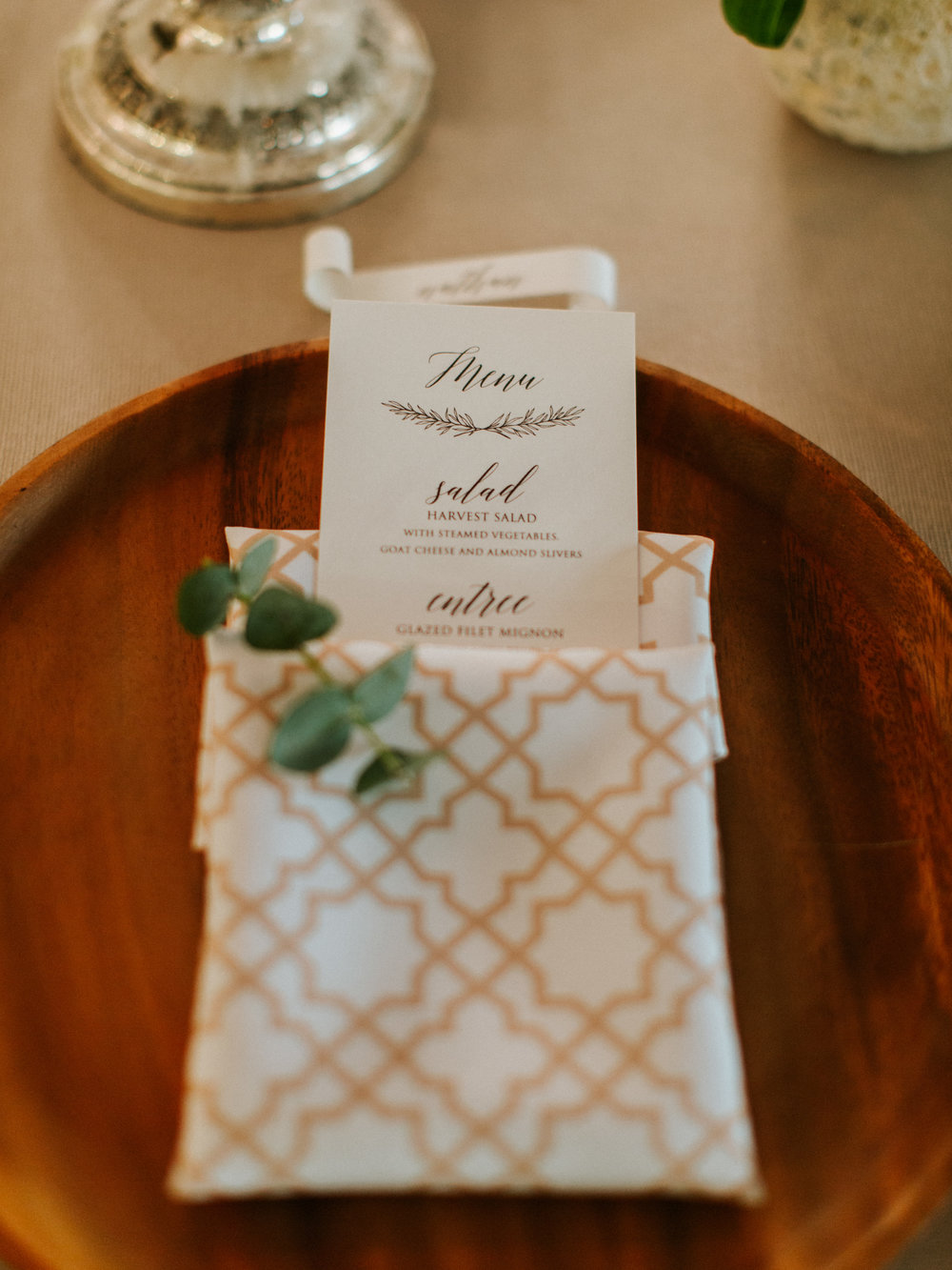 Gorgeous Simple Wedding Menu Cards - The Overwhelmed Bride Blog