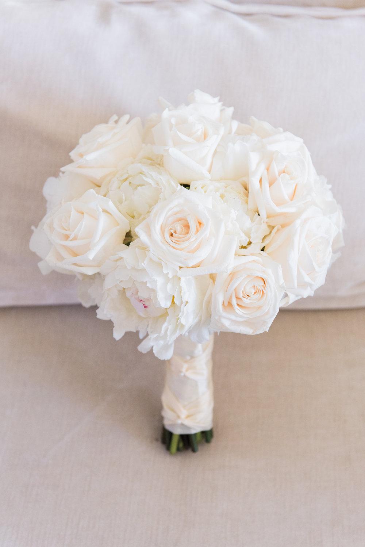 All White Wedding Bouquet - Flagler Museum Palm Beach Wedding Venue - The Overwhelmed Bride Wedding Blog