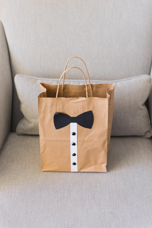 Groomsman Gift Ideas - Flagler Museum Palm Beach Wedding Venue - The Overwhelmed Bride Wedding Blog