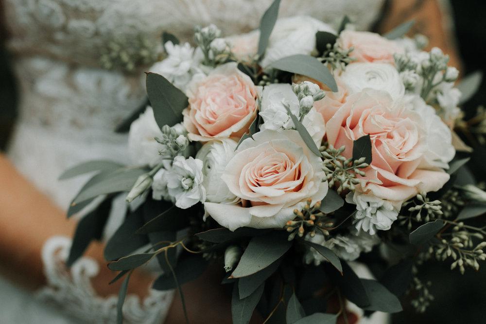 Gorgeous Blush Bridal Bouquet - Dara's Garden Knoxville East Tennessee Wedding — The Overwhelmed Bride Wedding Blog