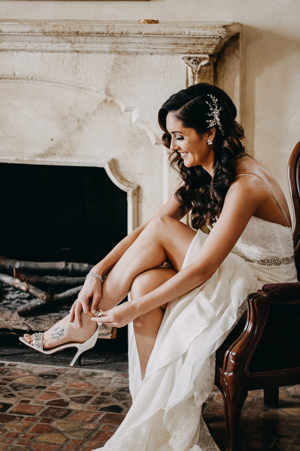 Gorgeous Simple Wedding Dresses - Florida Estate Wedding - Powel Crowley Estate Wedding