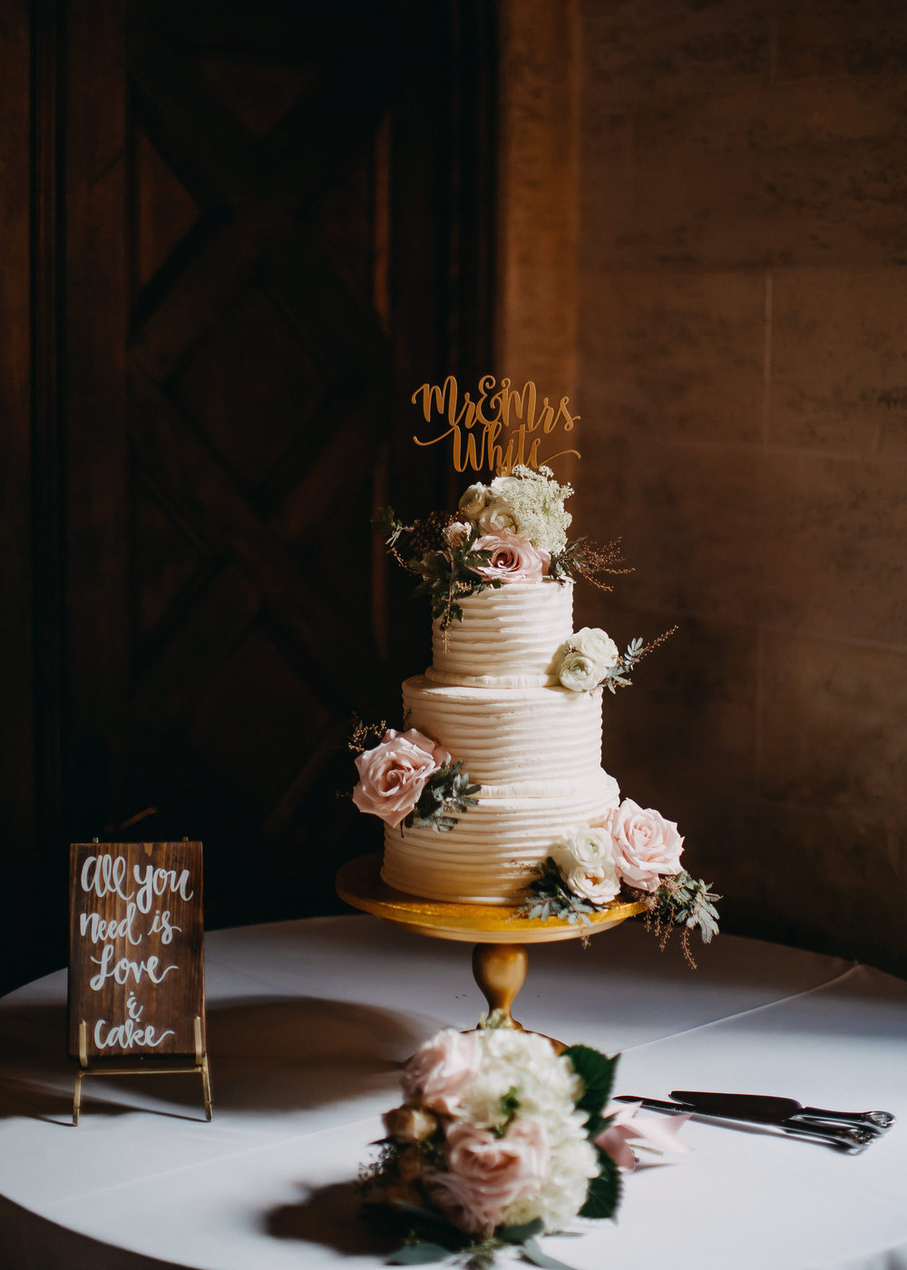 White Wedding Cakes - Florida Estate Wedding - Powel Crowley Estate Wedding