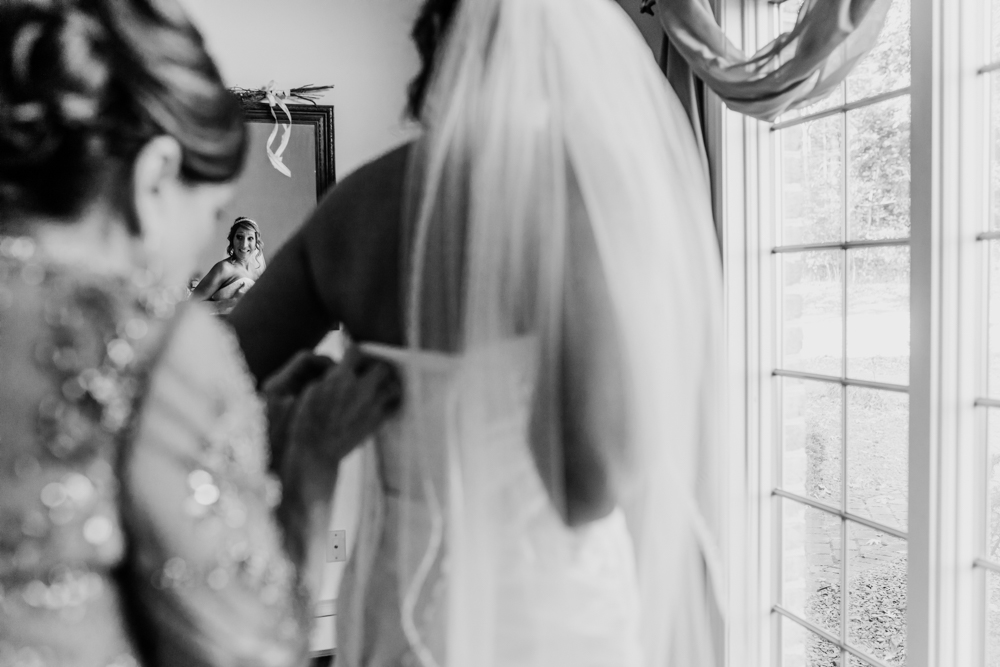 Gorgeous Wedding Dress Photos - Pennsylvania Fall Wedding - The Overwhelmed Bride Wedding Blog