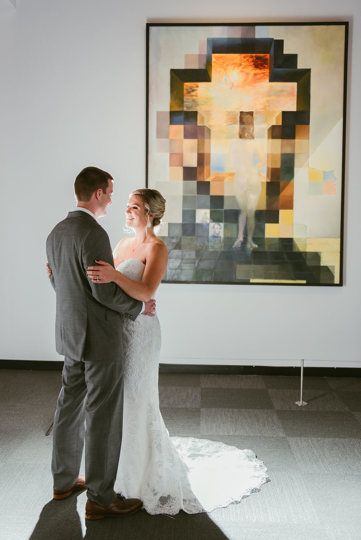 Gorgeous Bride and Groom Wedding Photos - Minimalist Wedding - Tampa Wedding Venue
