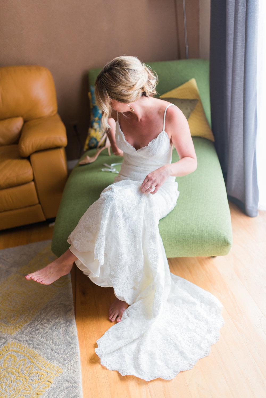 Denver Museum of Nature and Science Wedding - The Overwhelmed Bride Wedding BlogDenver Museum of Nature and Science Wedding - The Overwhelmed Bride Wedding Blog