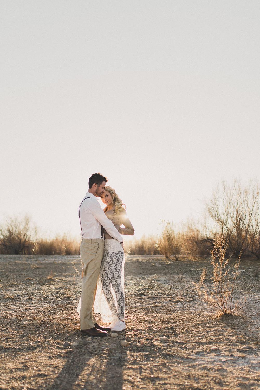Gorgeous Las Vegas Engagement Photos — The Overwhelmed Bride Wedding Blog