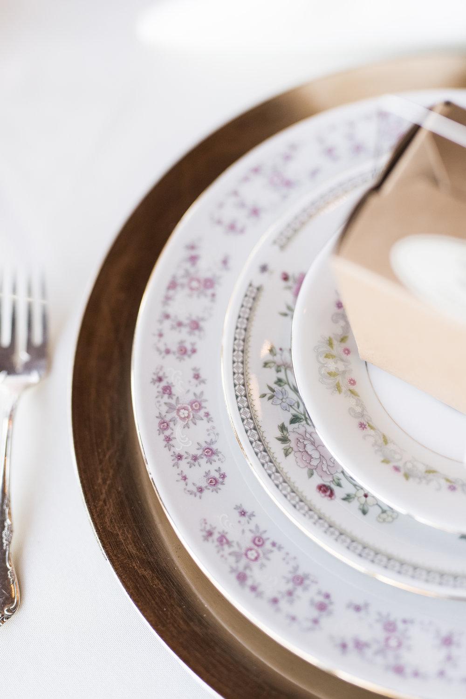 Penascola, Florida Palafox House Wedding - Brunch Wedding - The Overwhelmed Bride Wedding Blog