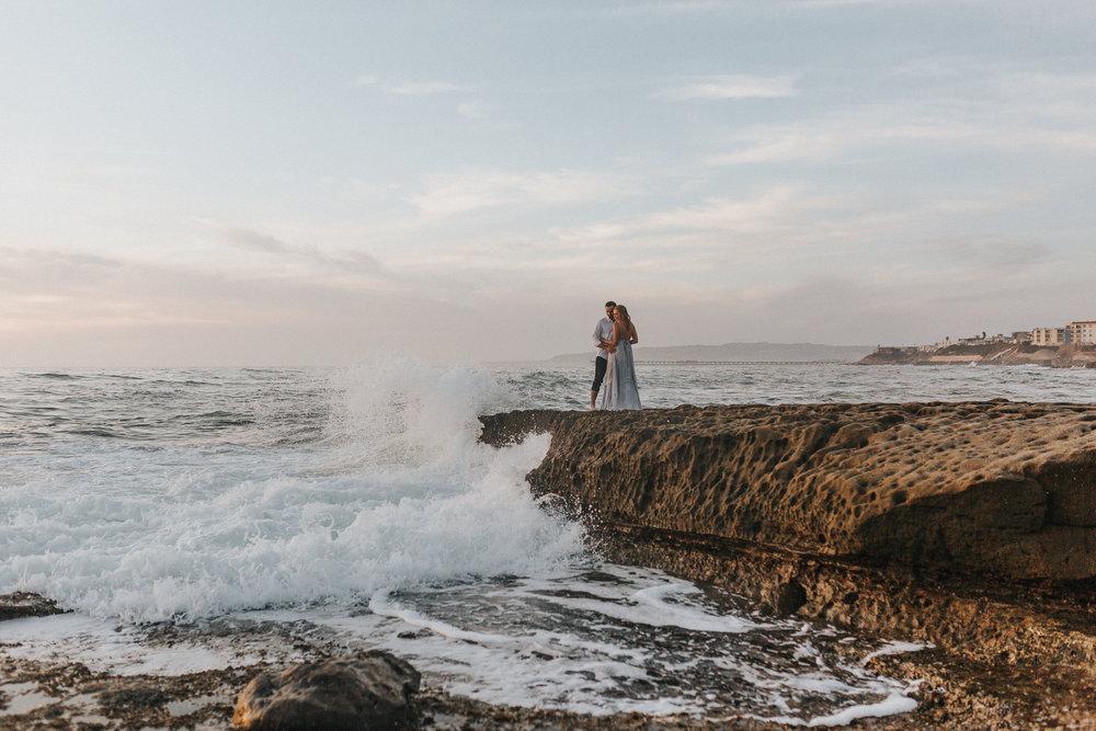 Sunset Cliffs San Diego Beach Engagement Photos - The Overwhelmed Bride Wedding Blog