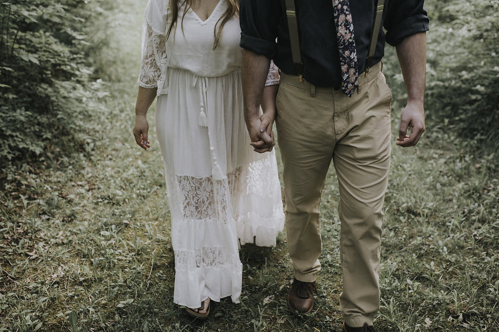 Boho Woodland Engagement Photos - The Overwhelmed Bride Wedding Blog