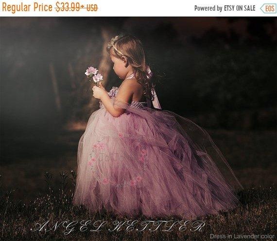 Gorgeous Flower Girl Dresses - The Overwhelmed Bride Wedding Blog