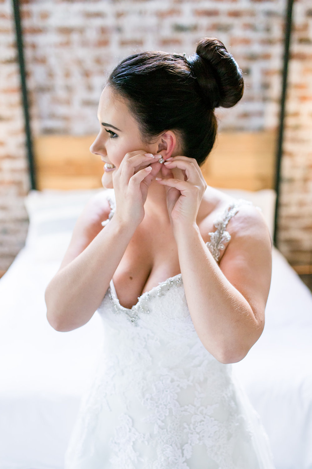 Lace on Timber Pretoria South Africa Wedding - The Overwhelmed Bride Wedding BlogLace on Timber Pretoria South Africa Wedding - The Overwhelmed Bride Wedding Blog