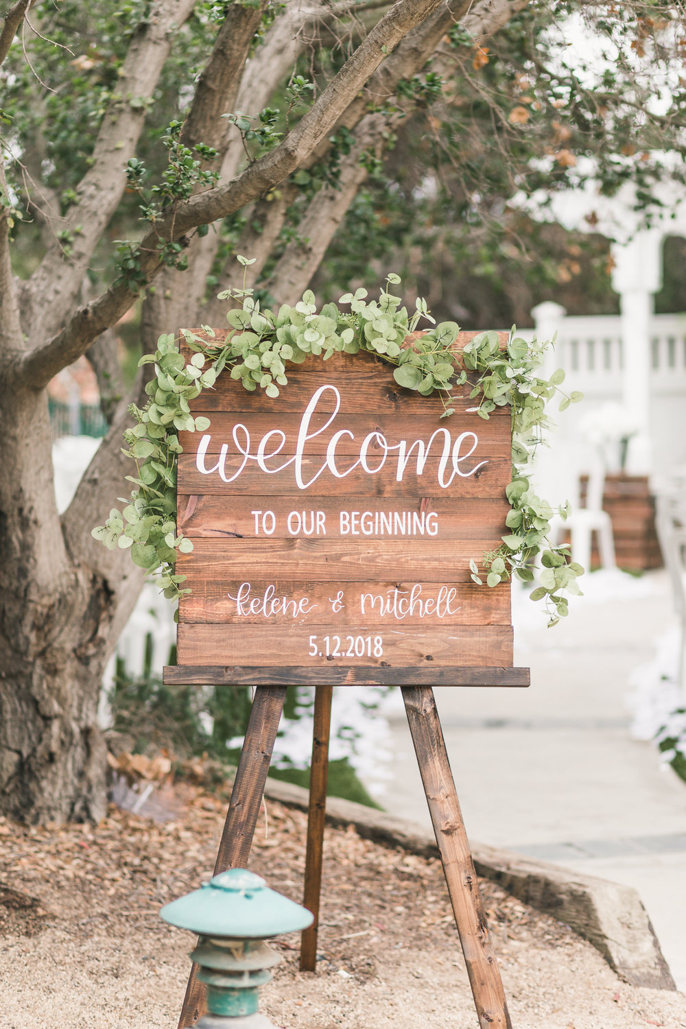 A Rustic DIY Wisconsin Wedding - Heritage Hill State Historical Park Wedding - The Overwhelmed Bride Wedding Blog