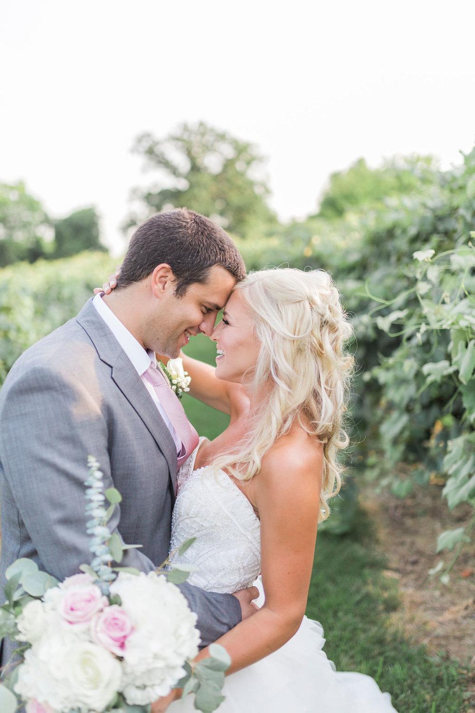 A Rustic Virginia Barn Wedding - Stable at Bluemont Vineyards Wedding - The Overwhelmed Bride Wedding Blog