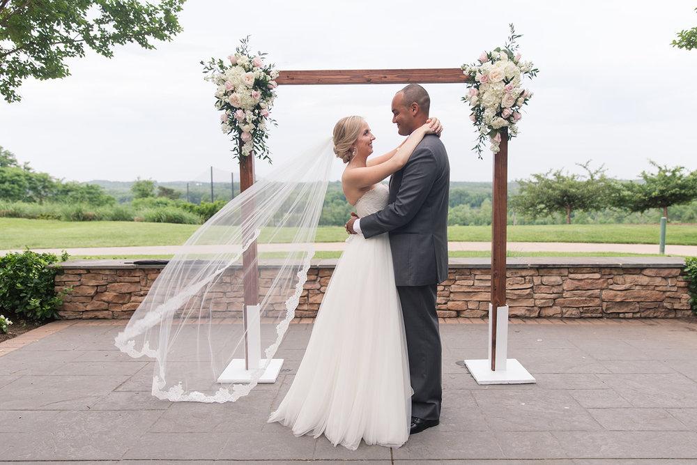 A Blush + White Lansdowne Resort Virginia Wedding - The Overwhelmed Bride Wedding Blog