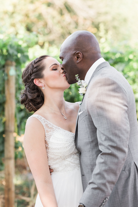 A Red Ridge Farms Dayton Oregon Wedding - The Overwhelmed Bride Wedding Blog
