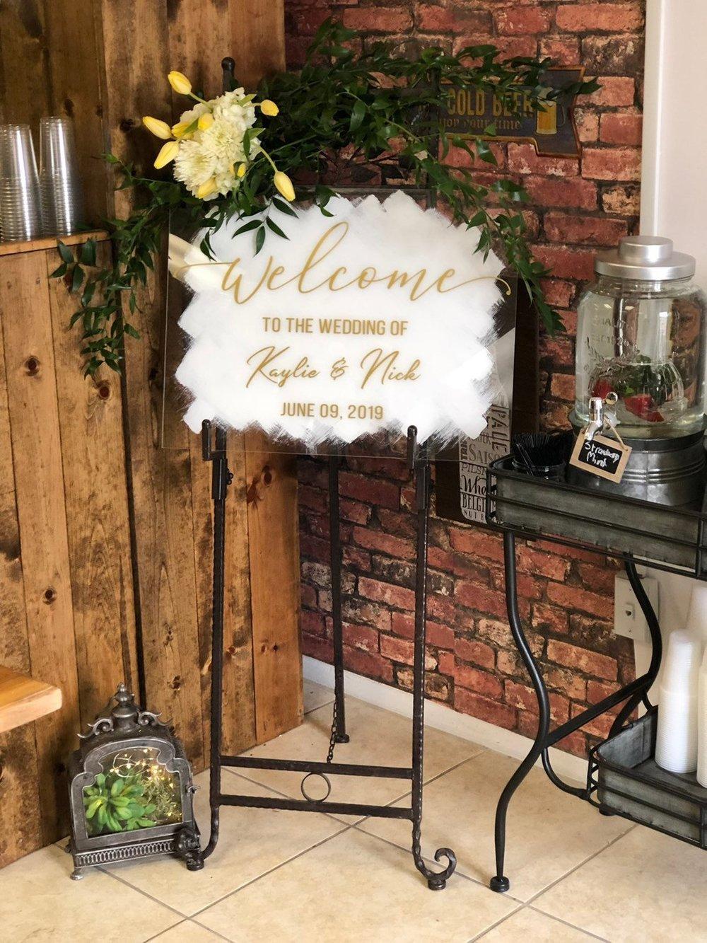 Acrylic Wedding Signs - The Overwhelmed Bride Wedding Blog