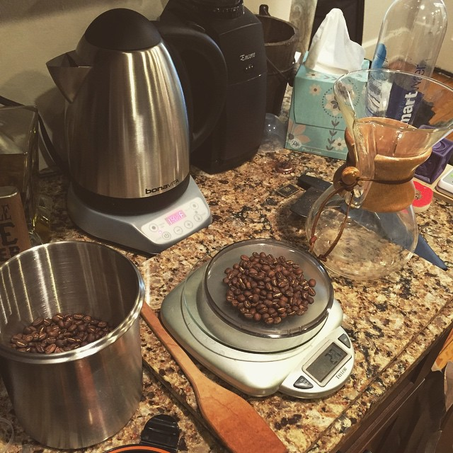 the best part of waking up 👍 - any coffee lovers out there??? - sam /// #ethiopia #coffee #counterculturecoffee #chemex #baratza
