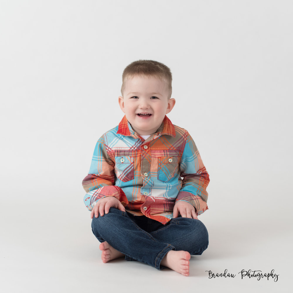 Brandau Photography_ little boy sitting.jpg